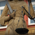 Nach Eisenacher Abwahlantrag – NPD verklagt Ramelow vor Verfassungsgerichtshof
