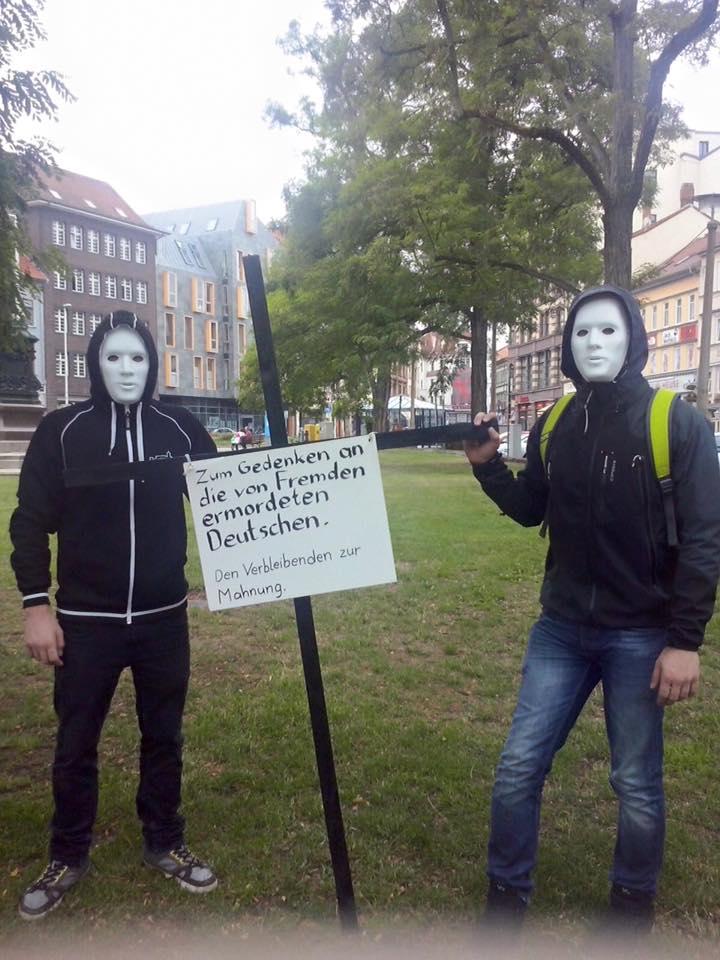 Aktion schwarze Kreuze in Eisenach – Jugend macht auf Ausländergewalt aufmerksam